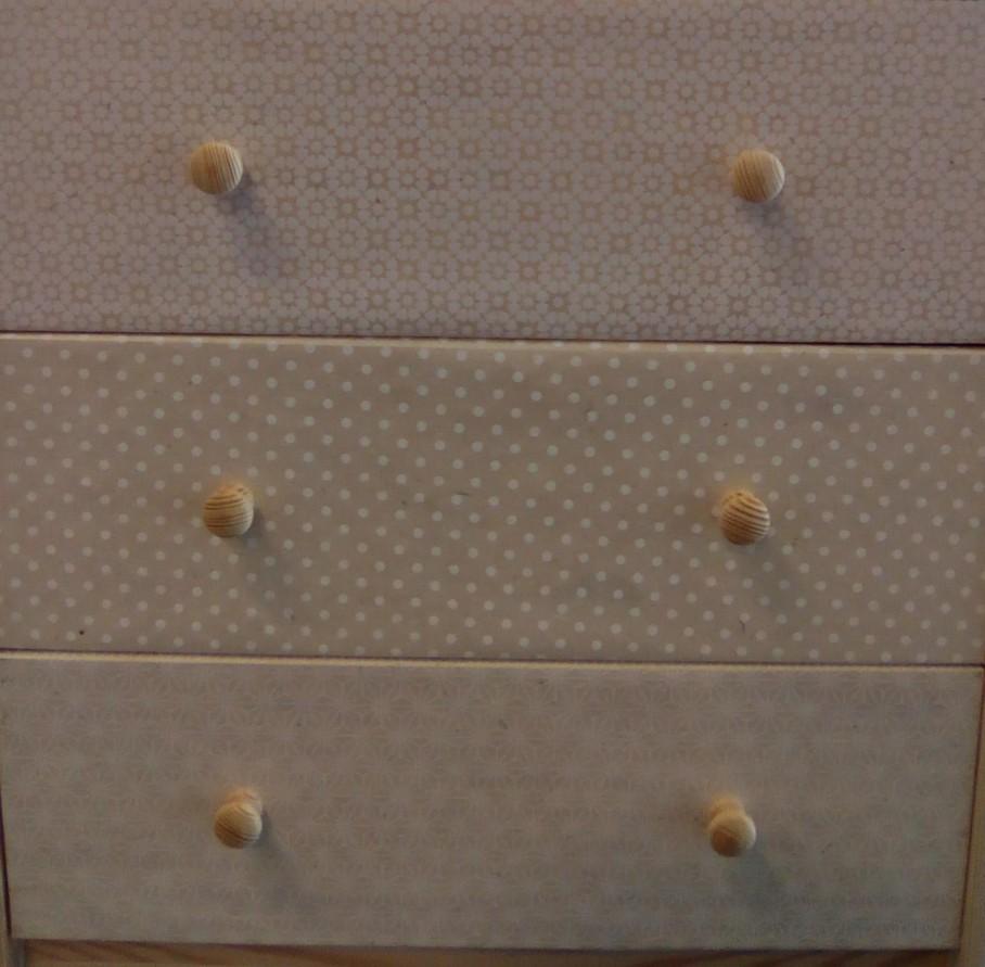 je decore mes meubles avec du decopatch ou du papier decoratif blog z dio. Black Bedroom Furniture Sets. Home Design Ideas