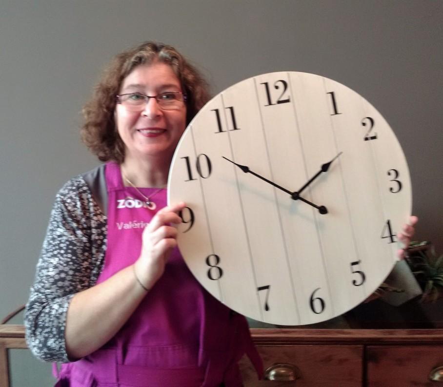 J 39 ai choisi pour vous l 39 horloge palette bois blog z dio for Horloge zodio