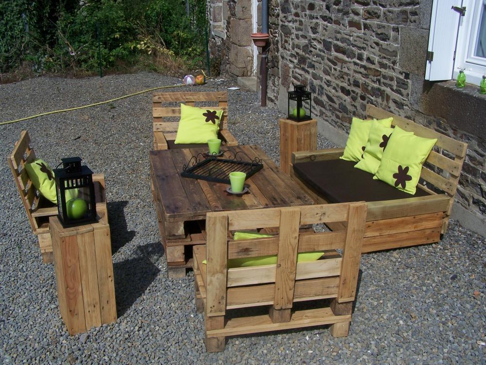 salon de jardin en palette (Blog Zôdio)