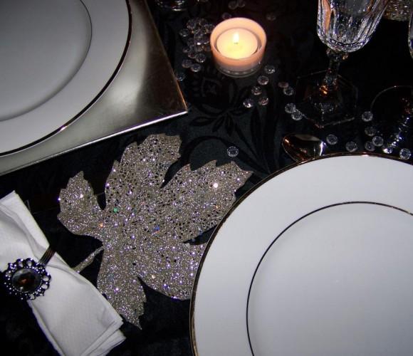 TABLE DE NOEL NOIR, BLANC ET ARGENT : CA BRILLE !!!!!!!!!!