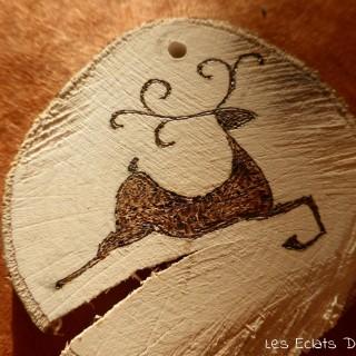 [DIY] Des décos de Noël naturelles réalisées avec un peu de bois.