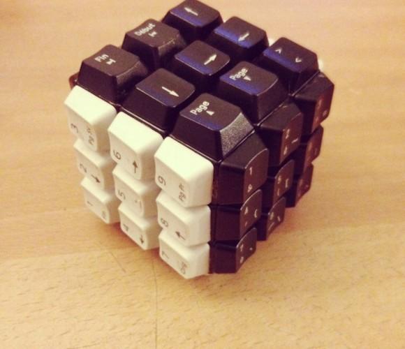 Détournons ensemble… des claviers d'ordinateurs en Rubiks'Cube !