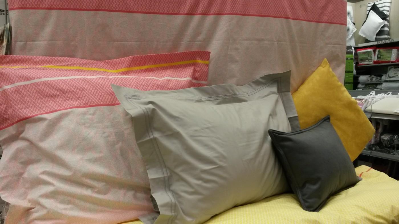 j ai choisi pour vous la parure de couette cocooning poudre de chez blanc des vosges blog z dio. Black Bedroom Furniture Sets. Home Design Ideas
