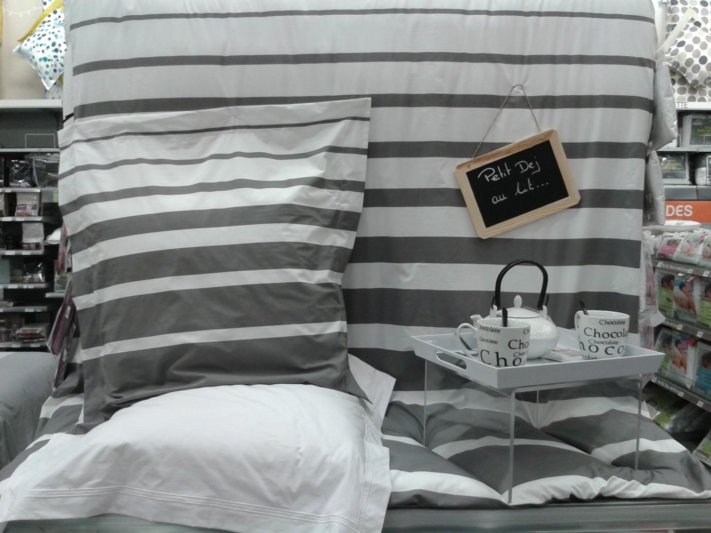j 39 ai choisi pour vous la parure de couette grand large acier de blanc des vosges blog z dio. Black Bedroom Furniture Sets. Home Design Ideas