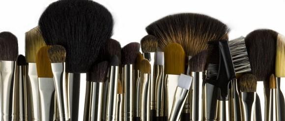 Une idée originale pour ranger vos pinceaux de maquillage!