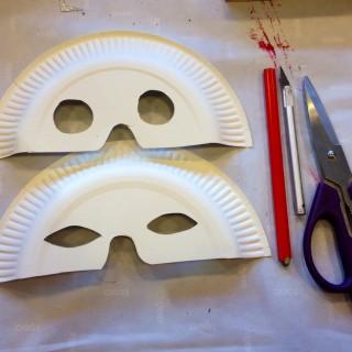 d tournons ensemble des assiettes en papier en masque de carnaval blog z dio. Black Bedroom Furniture Sets. Home Design Ideas