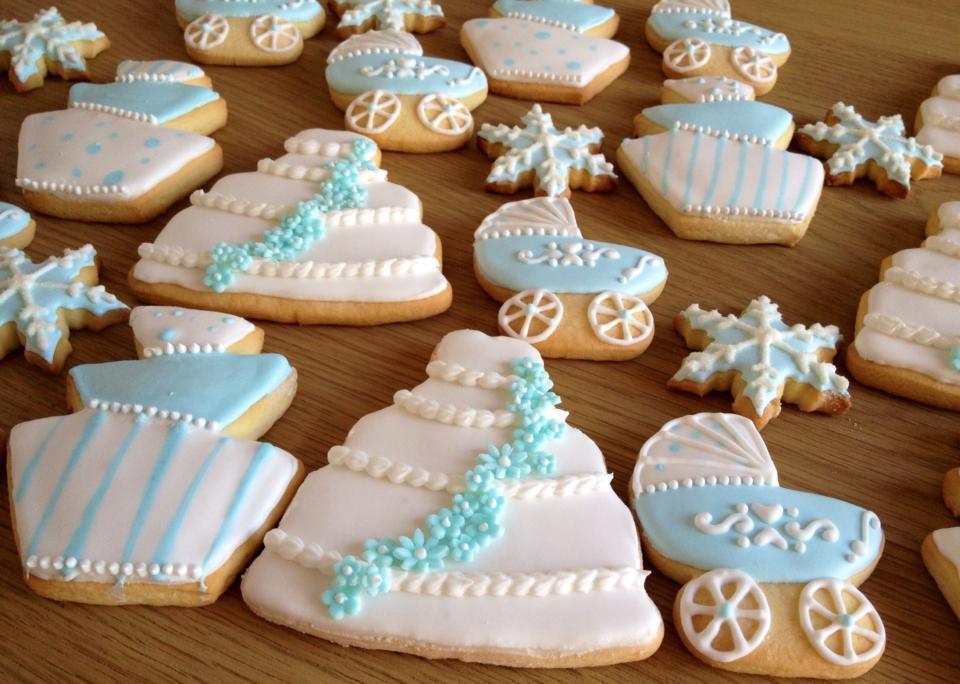 Biscuits pour un mariage-baptême dans la neige...