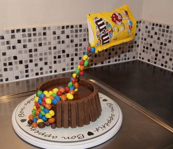 Le gravity cake