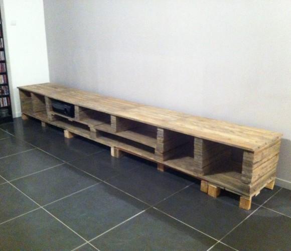 Un meuble TV sur mesure en palette!!!!