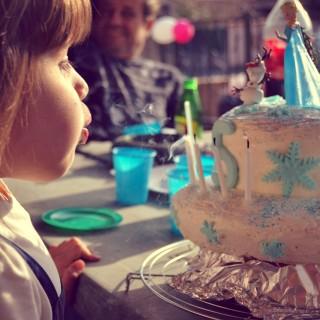 Gâteau d'anniversaire, FACILE! Reine des neiges, Fée clochette...!
