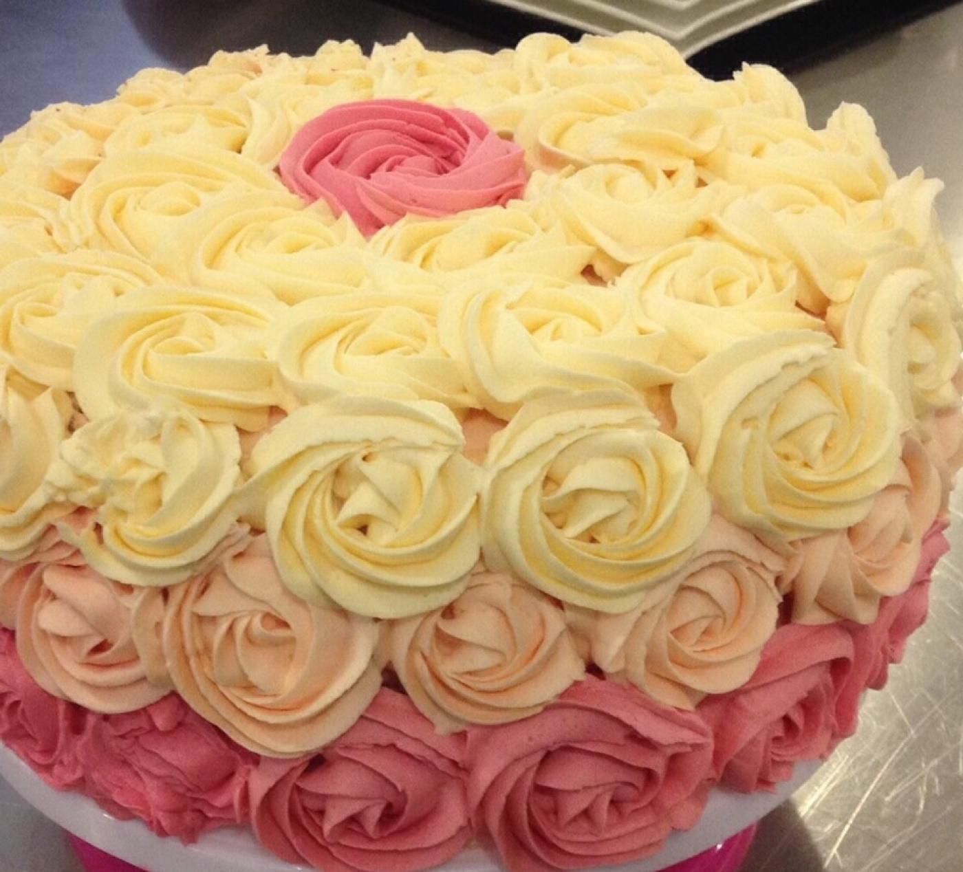 Mon Ombrecake rose