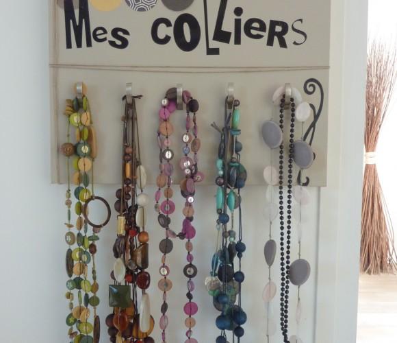 Mon porte colliers…