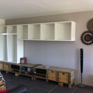 Un meuble tv sur mesure en palette blog z dio for Meuble tv zodio
