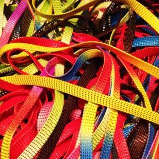 Quand et comment doit-on enseigner à un enfant à faire ses lacets ?