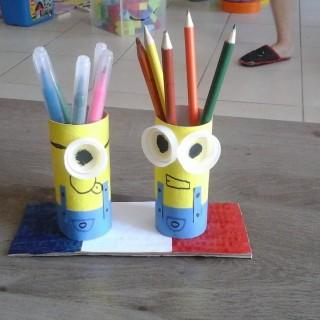 porte crayons minions