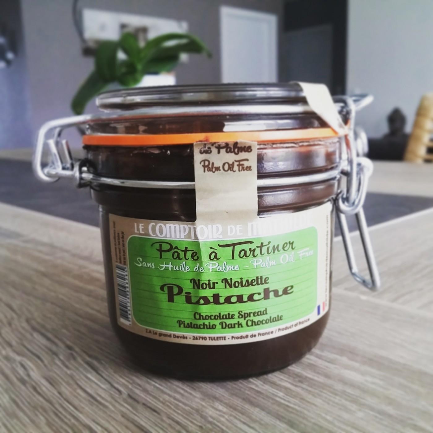 J 39 ai test pour vous la p te tartiner noir pistache du - Pate a tartiner le comptoir de mathilde ...