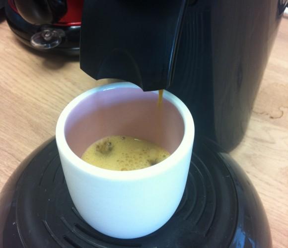J'ai testé pour vous la tasse à café Zôdio blush bi-color