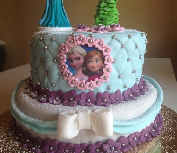 Gâteau d 'anniversaire Reine des Neiges