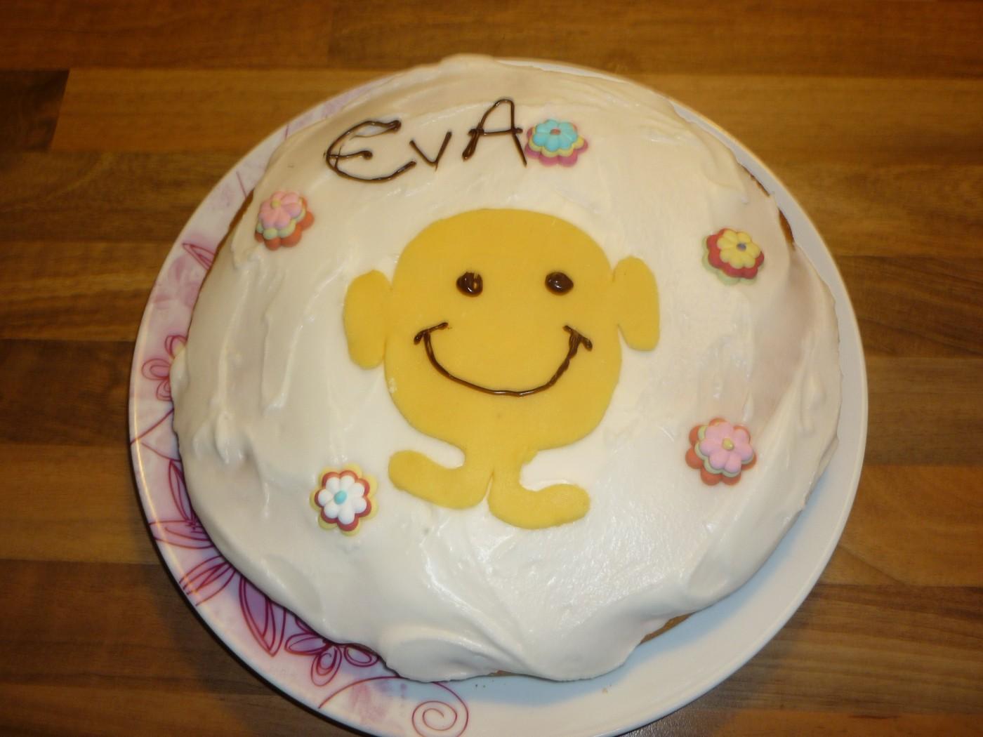 Mes premières gâteaux... décorés, pour l'anniversaire de ma fille !