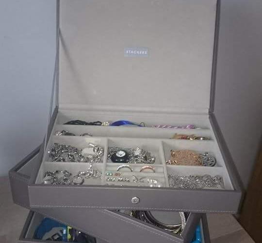 Je me suis choisi la boîte à bijoux superposable Stacker