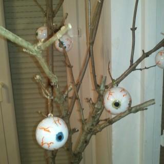 Avant la boule de Noël la boule d'Halloween !