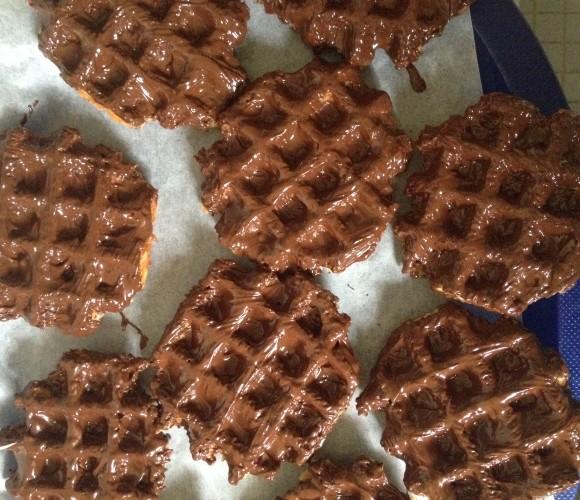 Gaufre liégeoise nappée de chocolat