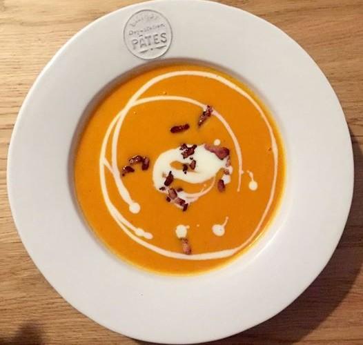 Soupe de potiron et de tomates