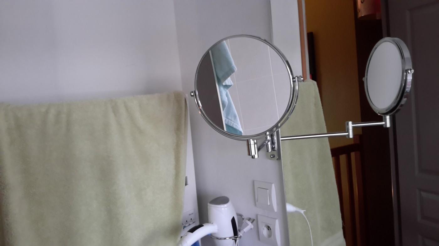 J 39 ai test pour vous le miroir double face grossissant for Double face pour miroir