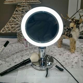 J 39 ai choisi pour ma belle soeur le miroir lumineux x7 for Miroir zodio