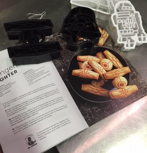 J'ai choisi pour un ami le Coffret Star Wars «Les Cookies contre-attaquent»