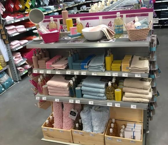 Un ensemble distributeur de savon – porte savon et gobelet super beau à moins de 13€ je dis oui!!!!