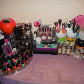 Mon coin makeup totalement girly !