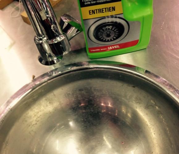 J'ai testé pour vous le produits Starwax pour l'entretien de l'évier
