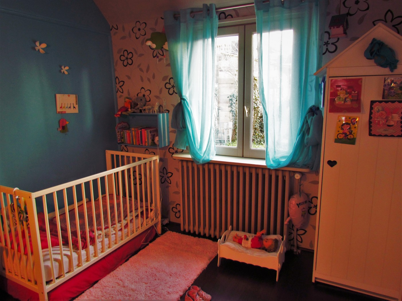 un tapis de salle de bain zodi d tourn pour la chambre d 39 une petite fille blog z dio. Black Bedroom Furniture Sets. Home Design Ideas