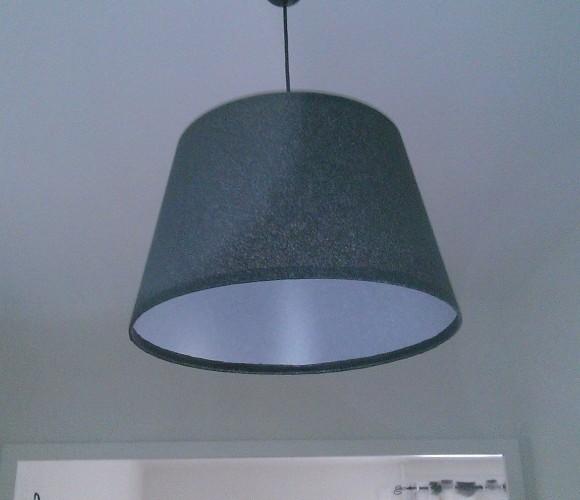 Création d'un lustre gris