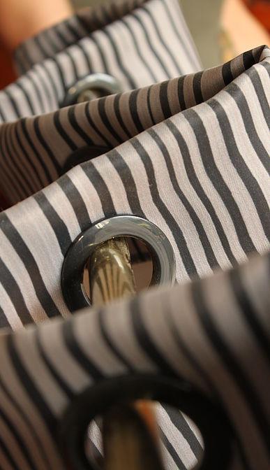 faire retoucher l 39 ourlet de votre rideau blog z dio. Black Bedroom Furniture Sets. Home Design Ideas