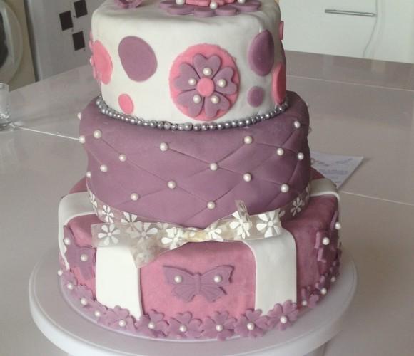 Gâteau d'anniversaire pour petite fille