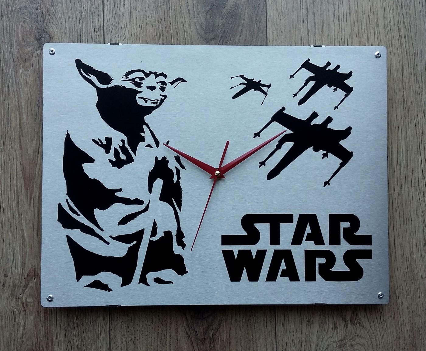 Horloge murale star wars inox blog z dio for Horloge murale inox