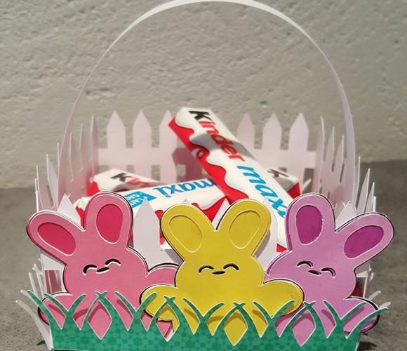 Joli panier de paques pour ramasser les chocolats