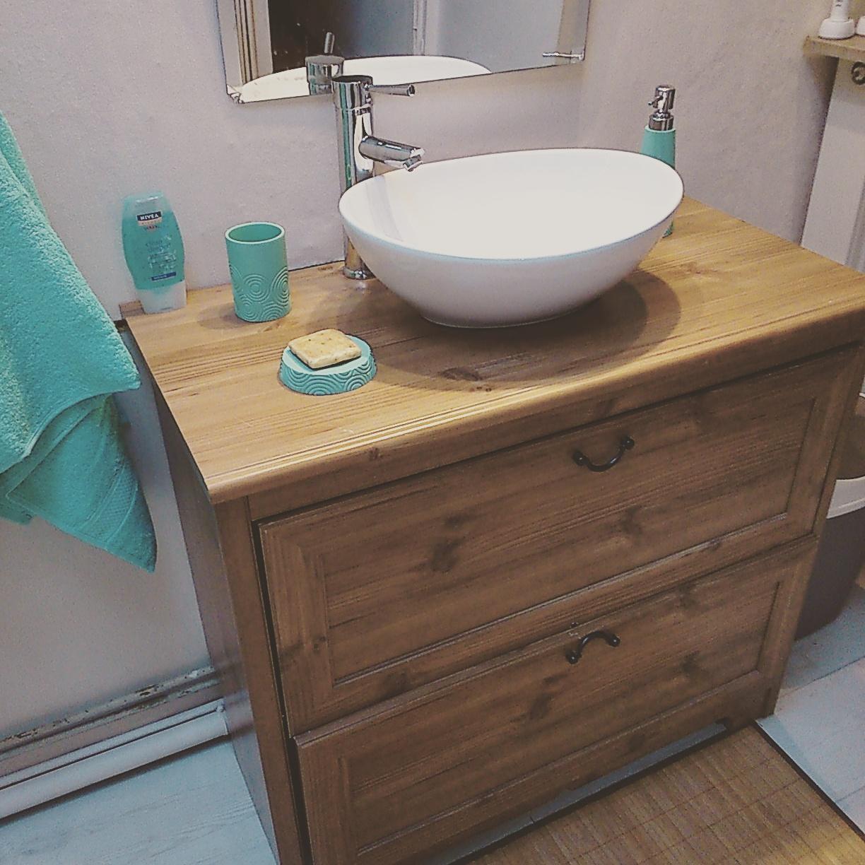 une nouvelle salle de bain blog z dio. Black Bedroom Furniture Sets. Home Design Ideas
