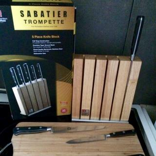 J 39 ai test pour vous le bloc couteaux sabatier trompette - Bloc de couteaux de cuisine professionnel ...