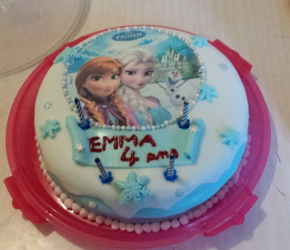 Cake designe reine des neiges !