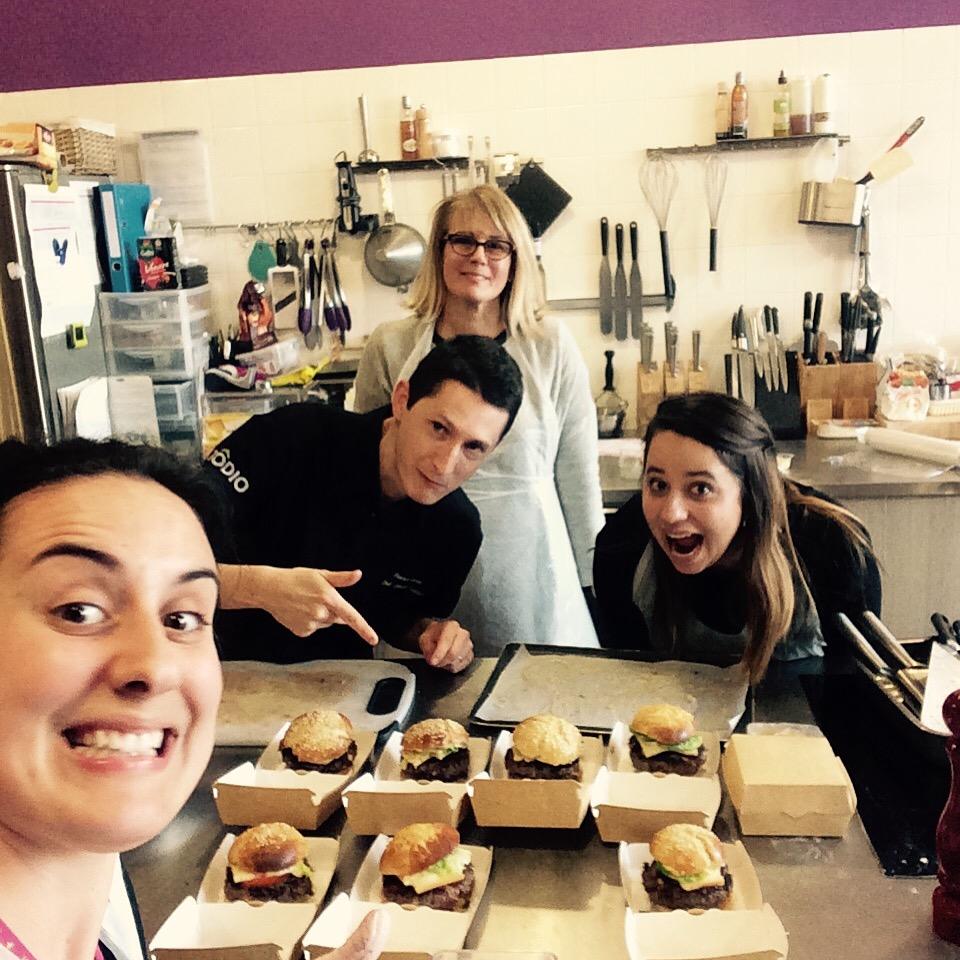 J Ai Teste L Atelier Burger Avec Le Chef Florent De Zodio