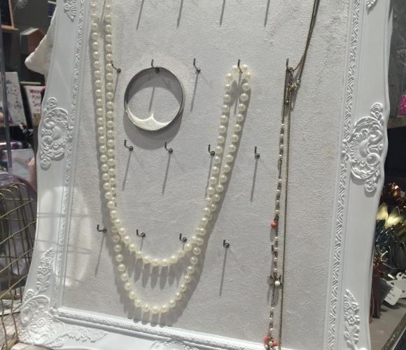 BONNE FETE MAMAN : un cadre à bijoux
