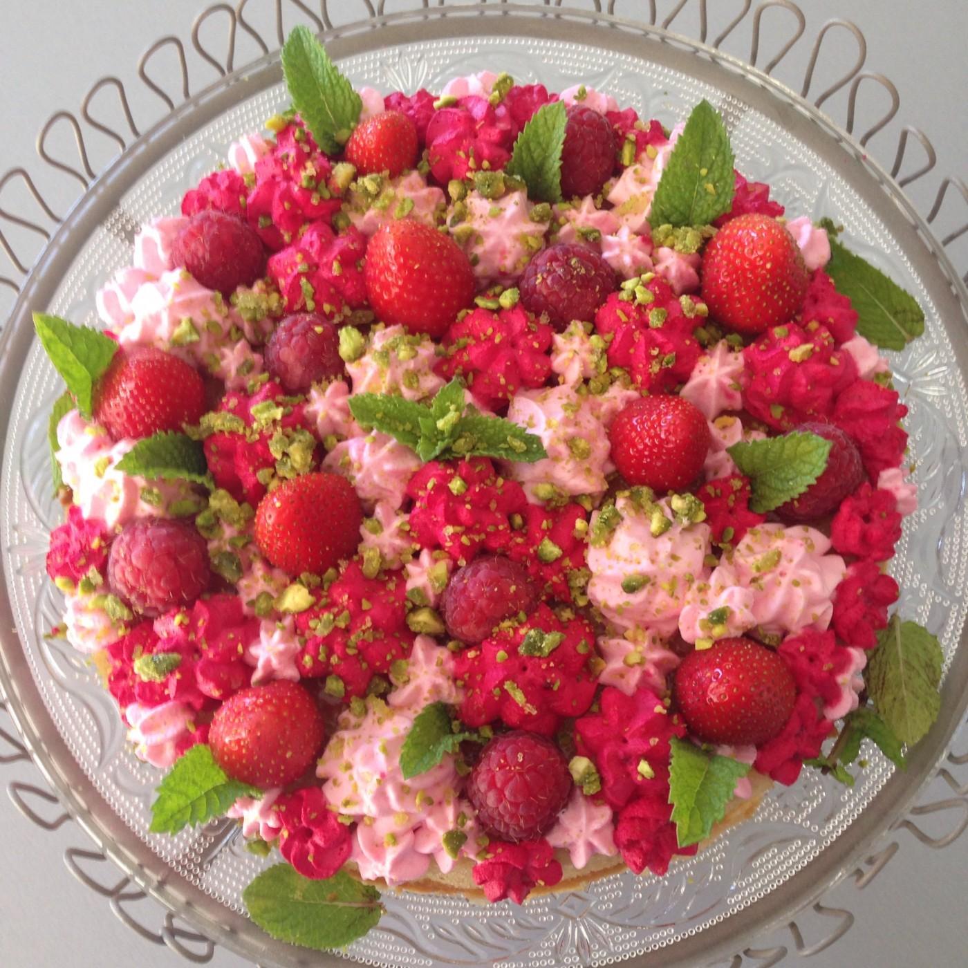 Tarte fraise éclats de pistache