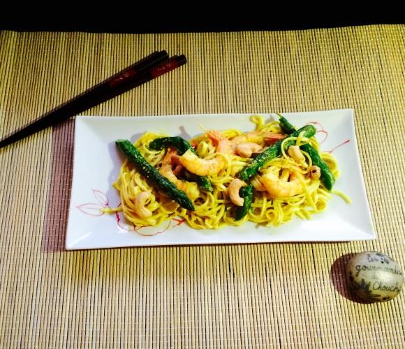 Noodles aux asperges et crevette, sauce coco curry