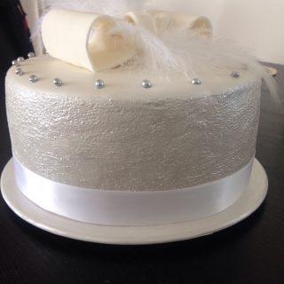 """Gâteau chic pour une soirée """"chic et choc"""""""