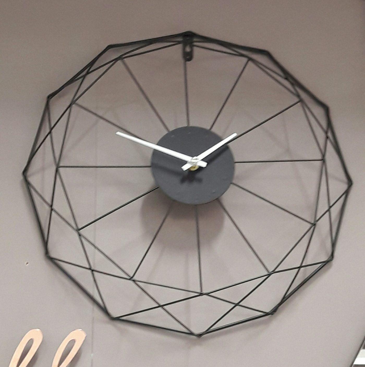 J'ai testé pour vous l'horloge filaire noire Zôdio !