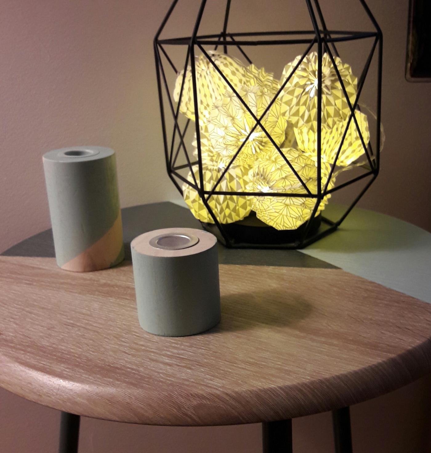 J'ai relooké ma table avec la peinture Relook tout !