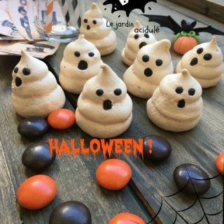 Meringues petits fantômes d'Halloween